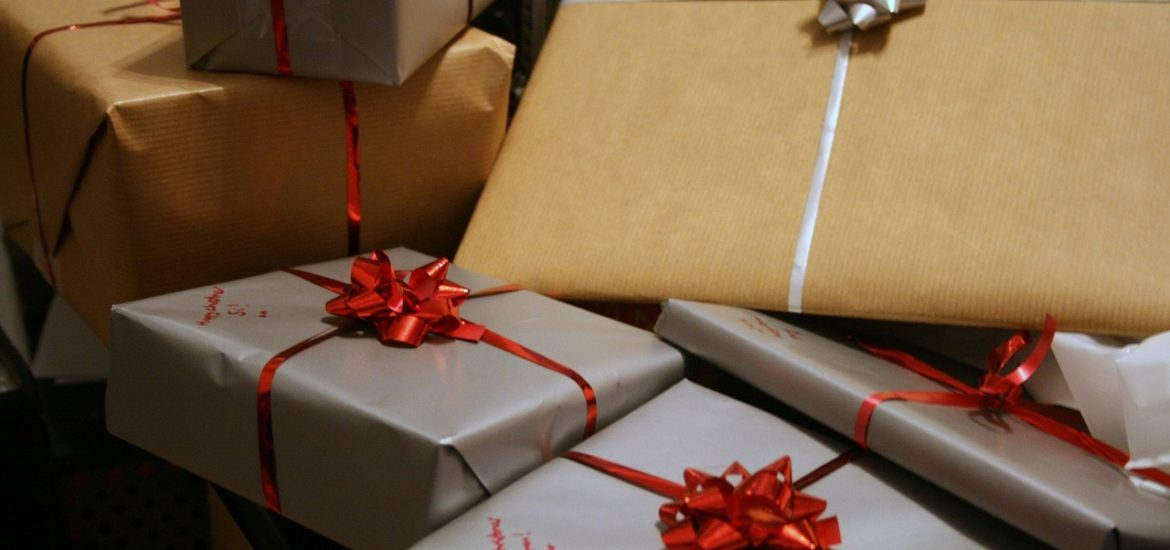 Top 10 Tech Gifts for the Holidays Ali Davis